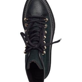 Billi bi støvler Boots 3550 Grøn med sort farve med guld hardware