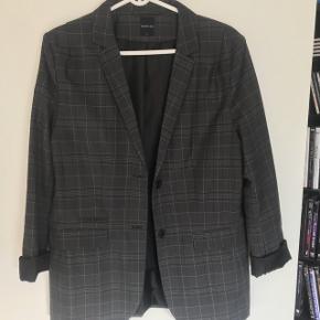 Flot kvalitets jakke str L fra Modstrøm. Jakken er som ny og kun brugt ganske lidt
