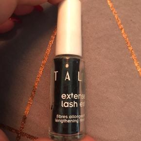 Eyelash extensions hårfibre. Bruges med mascara til at skabe længere vipper.