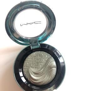 Smukkeste limited edition MAC øjenskygge i grønlig metallic