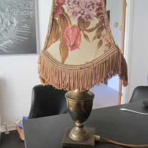 27 cm lavet om til strøm lampeskærm er defekt