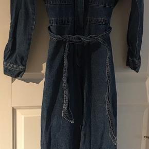 Skøn buksedragt  -  købt i Berlin