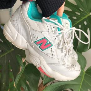 🌜New balance sneakers🌛