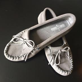 Minnetonka loafers købt i New York, men kun brugt få gange.