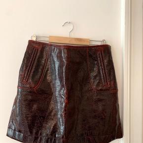 Meget cool H&M studio  -nederdele. Mangler størrelse og materiale-info, men jeg vil tro at det er S.