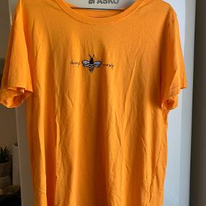 FREE QUENT t-shirt