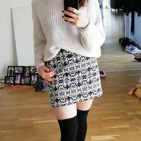 Jaquard vævet nederdel
