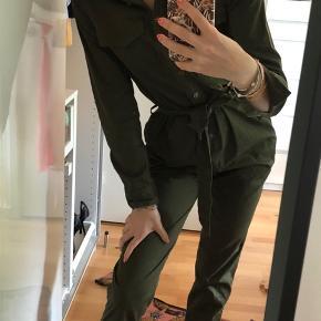 Super fin buksedragt  Byd gerne
