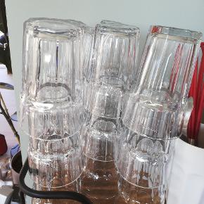 18 store glas