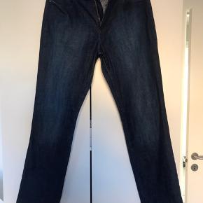Klassisk jeans - se billede af str kun brugt få gange