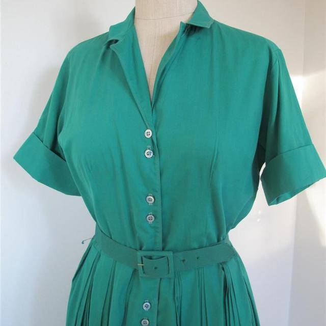6a2b1104 Brand: Vintage FN92 Varetype: Grøn Shirt Skater Kjole 1960er Størrelse:  36-38