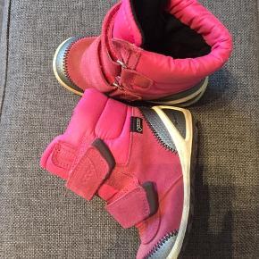 Gode varme vinterstøvler Ecco Biom. Med Gore tex. Brugt 1 sæson, fin stand.