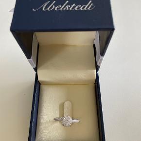 Abelstedt ring