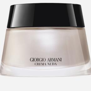 Giorgio Armani hudpleje