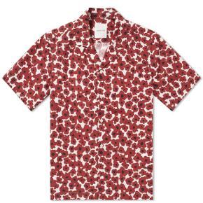👕Wood Wood floral red skjorte 👔Den er str Medium   💸Nypris var 600kr  💳Sælges for 250kr  📦Fragt er 33kr med DAO 365