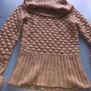 Mille K sweater