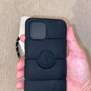 Moncler iphone