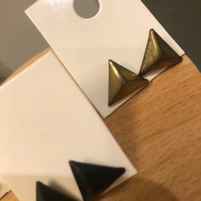 Helt nye øreringe. Sølv, sort og bronze  Sælges til 10kr pr par eller alle 3 for 25kr.