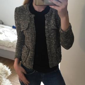 Isabel Marant Étoile jakke i str 36Original pris:2850kr