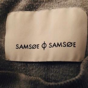 Samsøe & Samsøe bluse i str S  50% bomuld 50% polyester