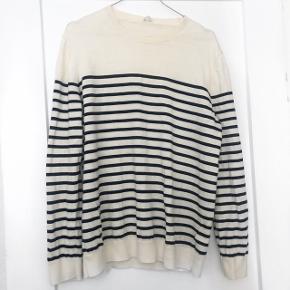ARKET lang trøje   størrelse: L   pris: 100 kr    fragt: 37