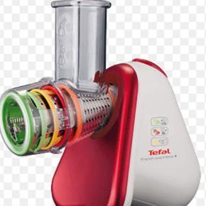Brand: Tefal Varetype: Tefal Fresh Express Grønsagssnitter Størrelse: se Farve: rød/hvid Tefal Fresh Express Grønsagssnitter. Flere funktioner.
