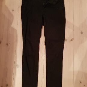 Super lækre bukser/jeans fra Denim Vinter med flot knap lukning. (7/8) #30dayssellout