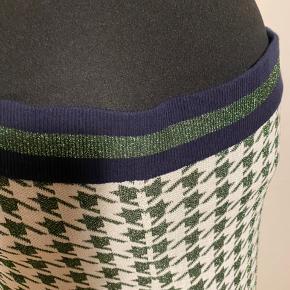 Seje bukser med flare Fine glimmer detaljer Størrelsessvarende