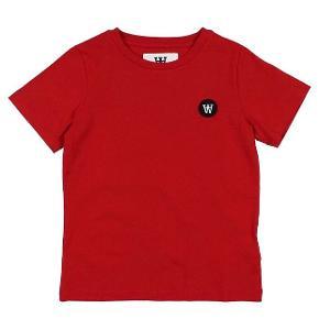 Jeg sælger den her og nu til 350 hvis du er hurtig  Kunne ikke finde et billede af den langærmet så ikke lad dig snyde, trøjen er langærmet og ikke kortærmet  fragt 70kr  Bytter også  😁