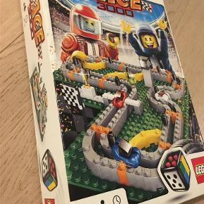 Varetype: Brætspil: Lego racersStørrelse: standard Farve: Ja Oprindelig købspris: 200 kr.
