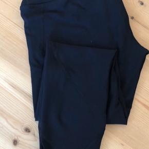 Kraftige yoga/trænings tights med bred linning og net ved ankler