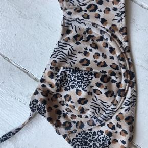 Fin bikini fra lahana swim🌸 Aldrig brugt  Str. Small  Kan sende eller mødes på Christianshavn ✌🏼
