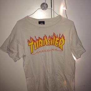 Sælger min THRASHER T-shift  Str s  Np: 350 Mp: 100