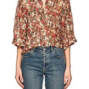 """Smuk silke top fra Isabel Marant, modellen hedder """"Feneth"""" top, har 3/4 ærmer og det smukke blomstrede print.   Nypris 4595,-  Respekter venligst at jeg ikke bytter og køber betaler porto samt gebyr ved tspay."""