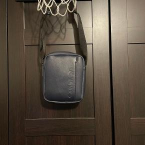 Calvin Klein anden accessory