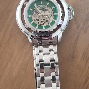 Minoir automatisk ur