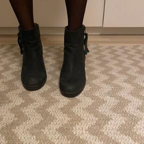 Lækre sorte læder støvletter 🌺