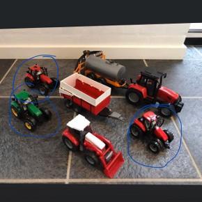 3 traktor (blå ring rundt om). Samlet pris 100 kr
