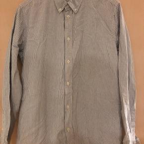 Samsøe Samsøe skjorte sælges, da jeg ik længere bruger den