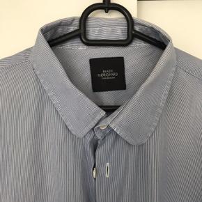 Lækker kvalitetsskjorte fra Mads Nørgaard. Køb billigt.