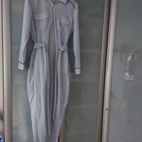 Ganni buksedragt