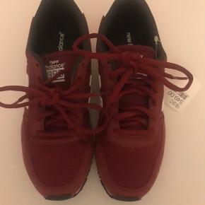 New balance sneakers. Stadig med prismærke.