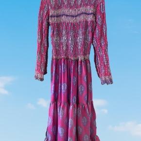 Prag kjole