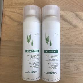 Helt nye Klorane tør shampoos med havremælk til alle hårtyper.  150 ml.  1 flaske sælges for 75,-