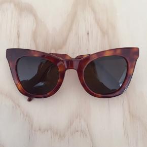 Fine solbriller fra Kaibosh købt i sommeren 2018 💫  Byd gerne   Køber betaler porto