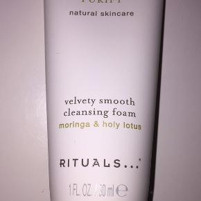 rituals of namasté purify velvety smooth cleansing foam  Købt hos rituals