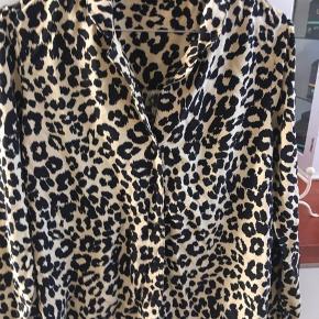 Only Leo skjorte - sort/gylden 100 kr