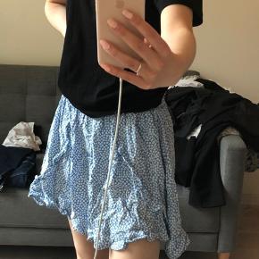 Mega flot nederdel fra Boii!!💙 sælges udelukkende da den ikke passer til mig😞