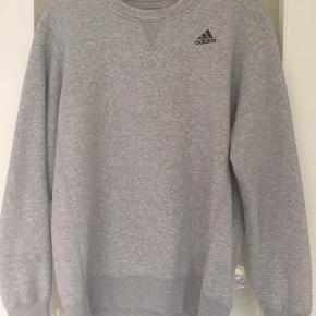 Dejlig blød Adidas trøje I rigtig god stand
