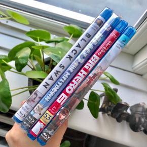 Disney eller DreamWorks Blu-Ray film - rigtig god stand enten ubrugt (stadig ned folie på) el. kun set én gang. Prisen, der er angivet gælder for 1 stk. Det drejer sig om følgende:   Big Hero 6 - 53 🤖 Black Swan 🦢🖤 Ice Age The Meltdown ❄️ Sådan træner du din drage 2 🐲  Byd gerne kan både afhentes i Århus C eller sendes på købers regning ✉️📮